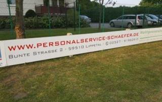 Neue Bandenwerbung am Sportplatz des VfJ Lippborg 1946 eV